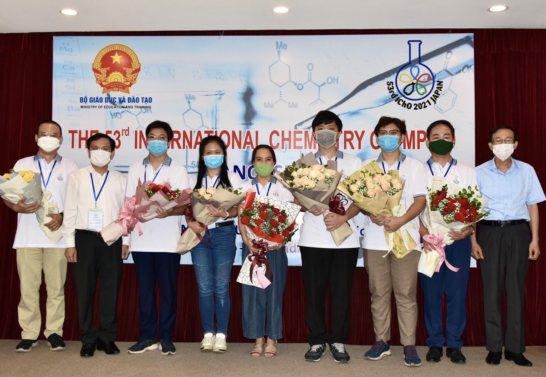 3 thí sinh Việt giành huy chương Vàng Olympic Hóa học quốc tế 2021 - 1