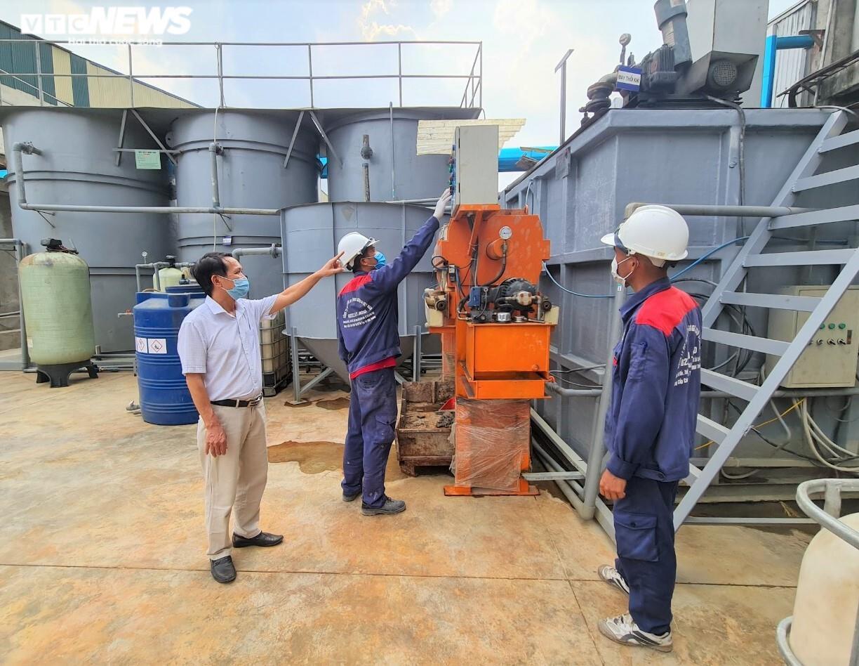 Dính phạt nặng, doanh nghiệp giấy Bắc Ninh đầu tư tiền tỷ để xử lý nước thải - 1
