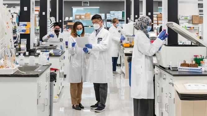 Vingroup nhận chuyển giao độc quyền công nghệ sản xuất vaccine mRNA phòng Covid-19 từ Arcturus Therapeutics (Mỹ)