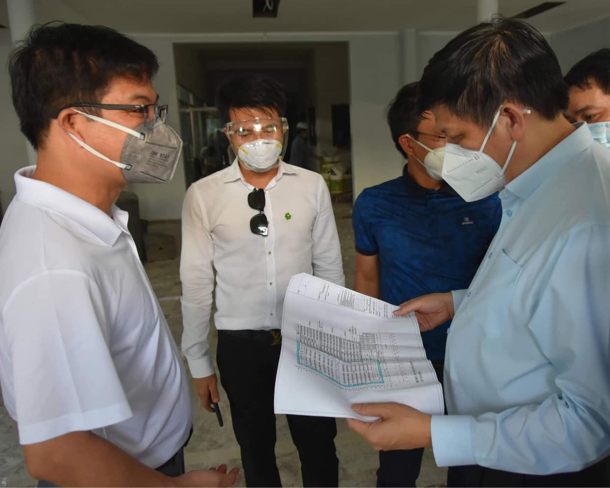 Khẩn trương tiếp nhận bệnh nhân tại 4 Trung tâm hồi sức tích cực COVID-19 ở TP Hồ Chí Minh - Ảnh 2.