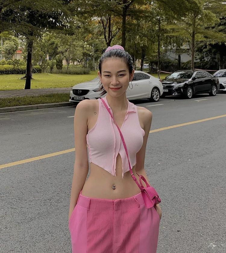 Chi Pu, Bella Hadid diện mốt áo cài 1 cúc: Người lộ nội y - nàng phô điểm nhạy cảm-6