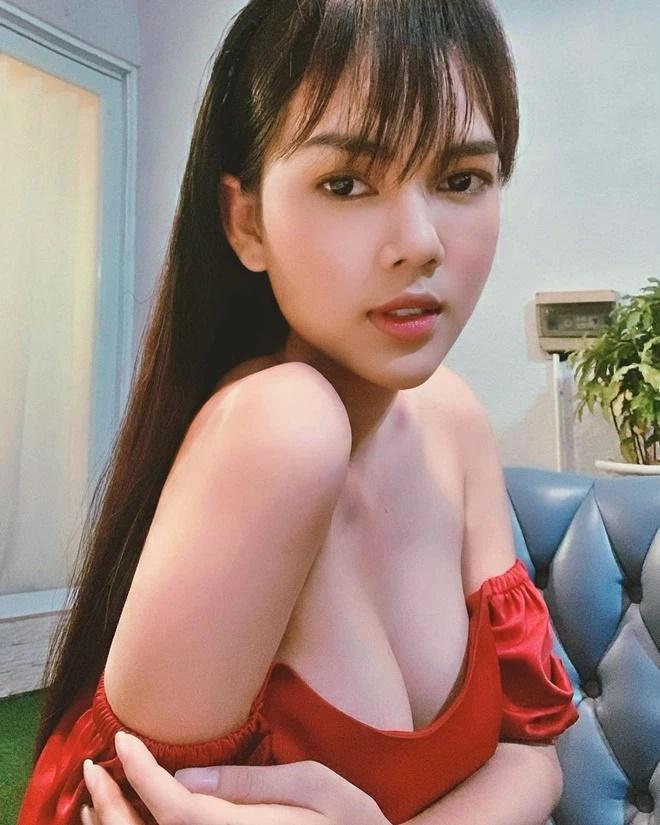 Trước khi xuống tóc đi tu, diễn viên Ngọc Trinh sexy đừng hỏi-8