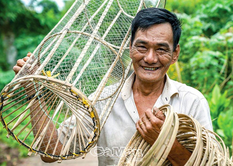 U Minh Hạ vào mùa đặt lọp bắt cá, rùa, rắn... - 2