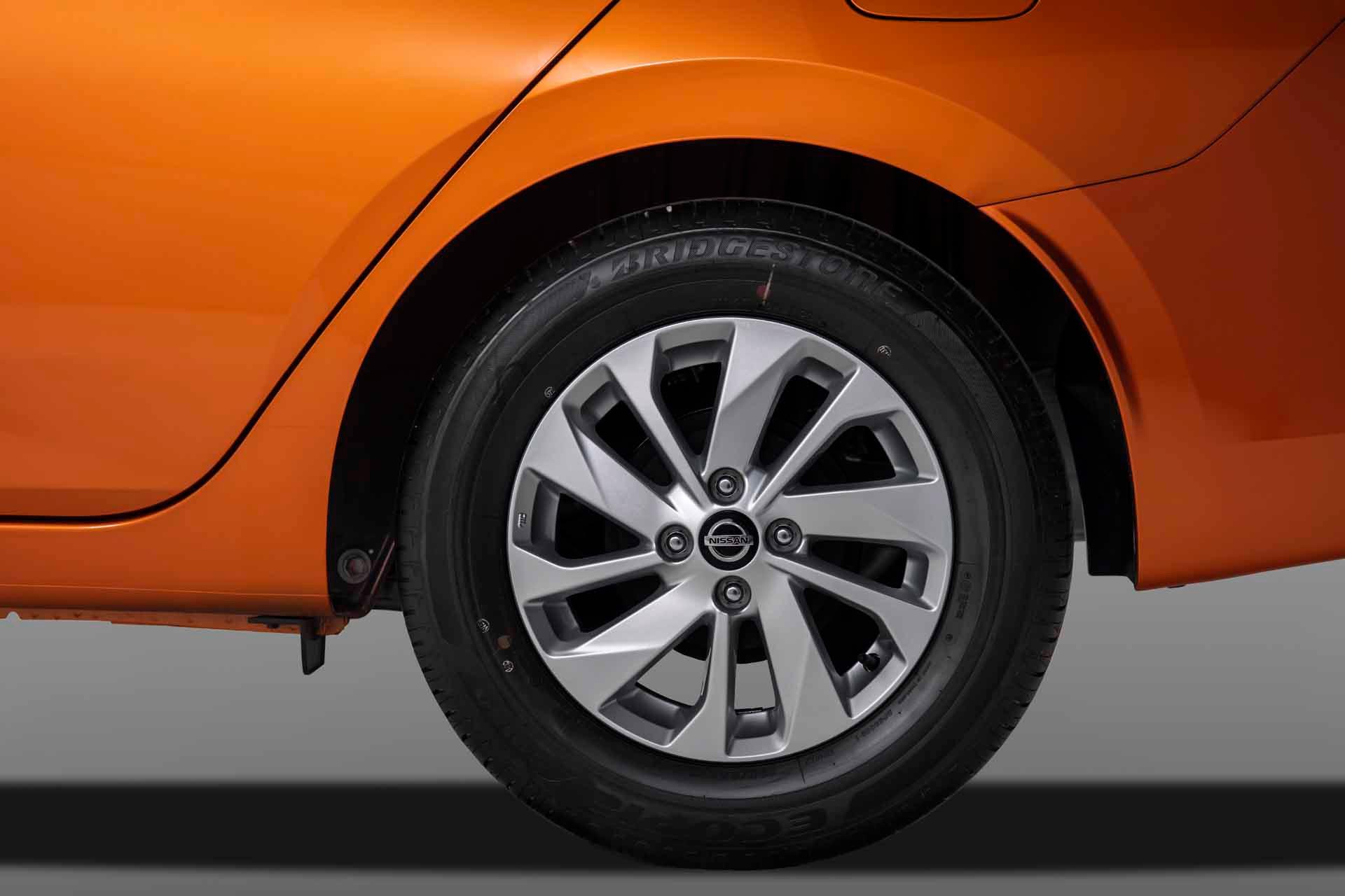 Thiết kế la zăng xe Nissan Almera