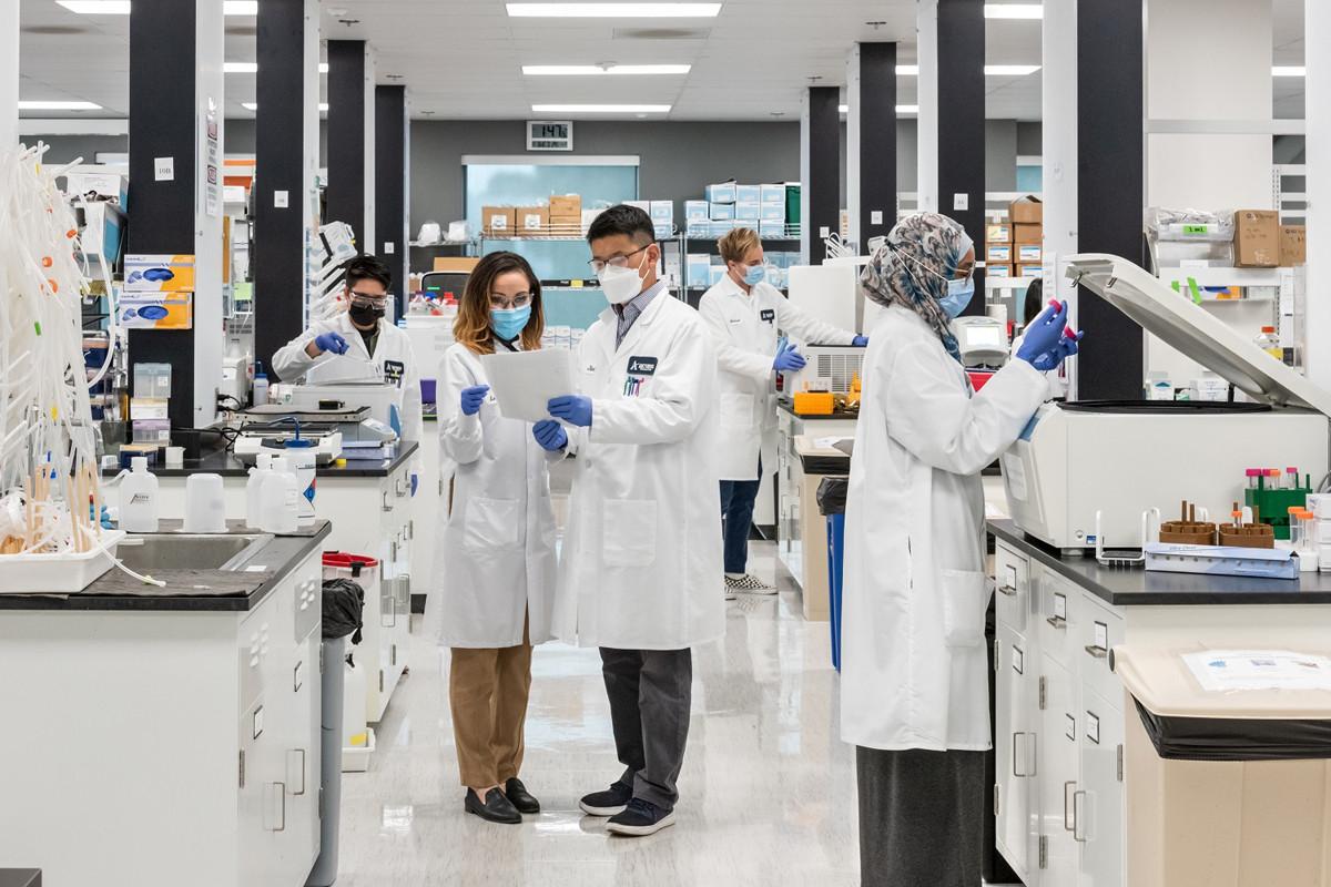 dự kiến Vingroup sẽ xuất xưởng những lô vắc xin đầu tiên vào đầu năm 2022