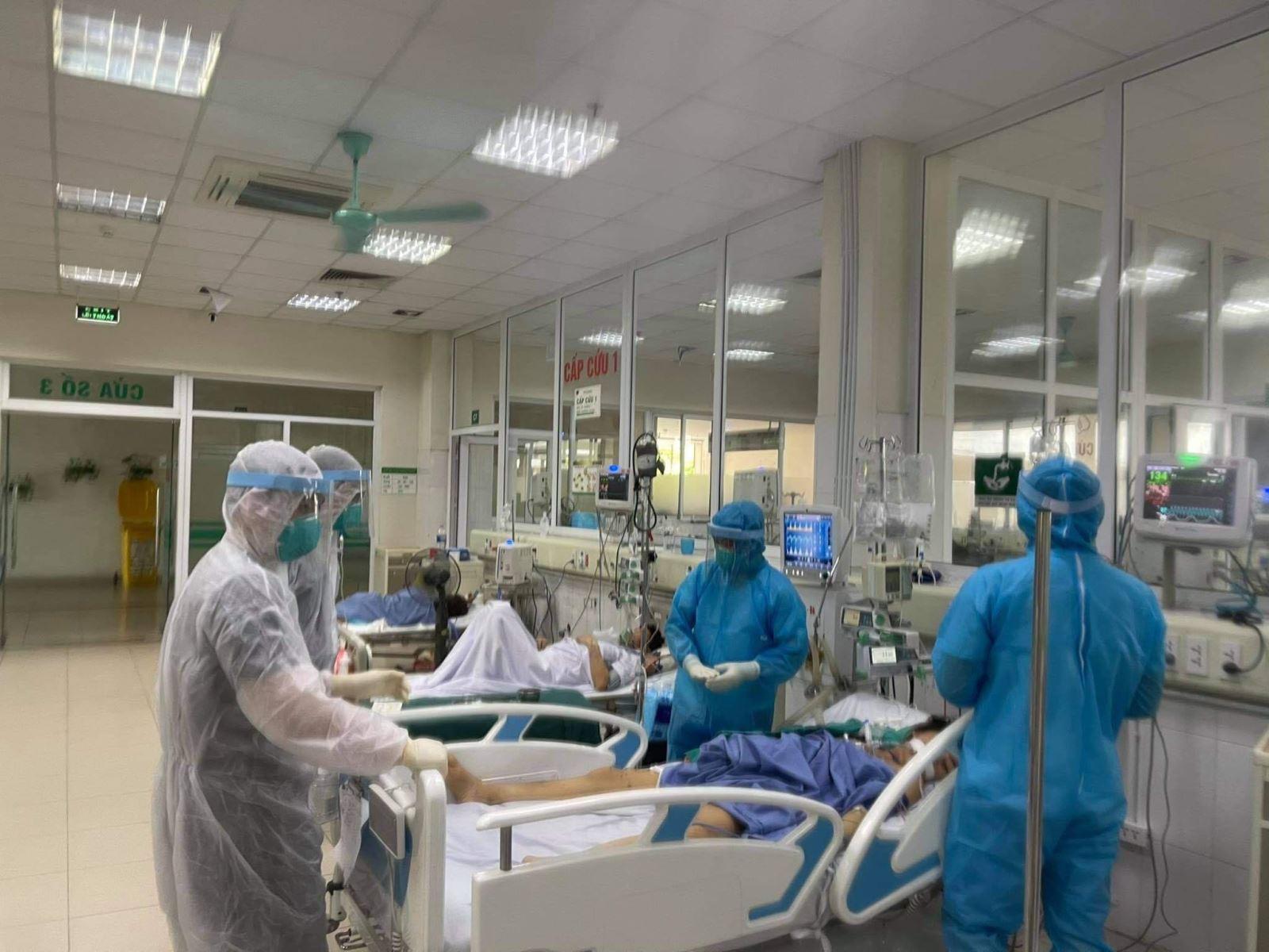 Cần biết: 4 tiêu chí phân loại nguy cơ người nhiễm SARS-CoV-2 của Bộ Y tế - Ảnh 3.