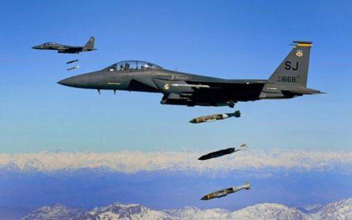 Chiến cơ Mỹ dội 1.500kg bom, kết quả diệt được 1 phiến quân