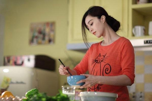 Em chồng xúi mẹ nấu cơm cữ cho chị dâu qua quýt được rồi, cô vợnhẫn nhịn nhưng pha lật ngược sau này mới kinh điển-1