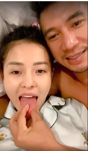 Ngân 98 - Lương Bằng Quang ghiền đăng ảnh giường chiếu, tắm táp-6