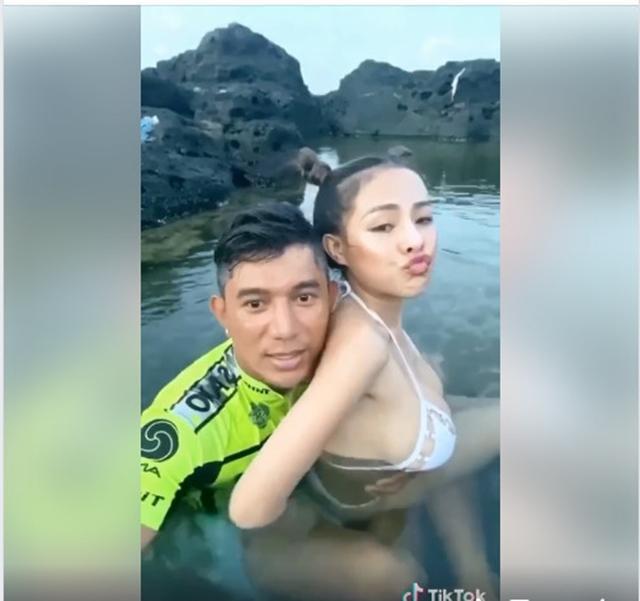 Ngân 98 - Lương Bằng Quang ghiền đăng ảnh giường chiếu, tắm táp-11