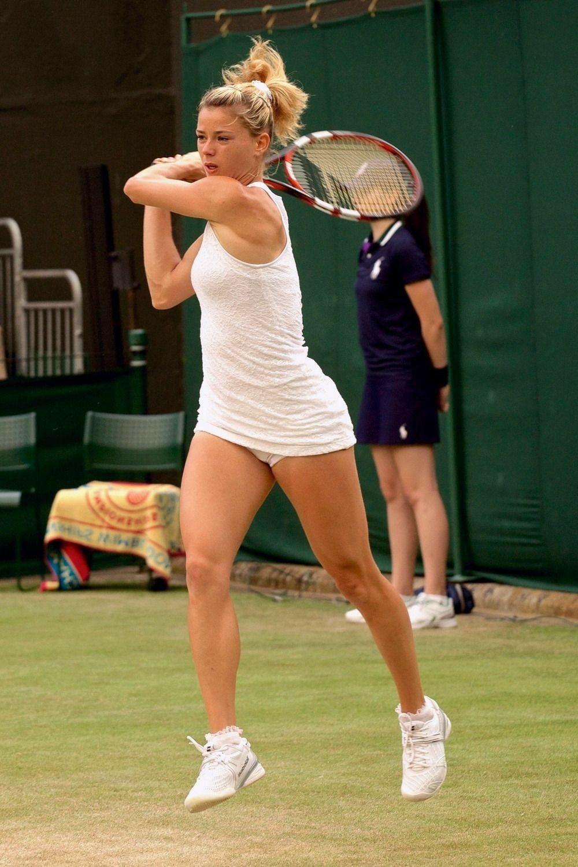 Trang phục tennis đẹp nhưng dễ hớ hênh nhất trong các môn thi Olympic? - 3