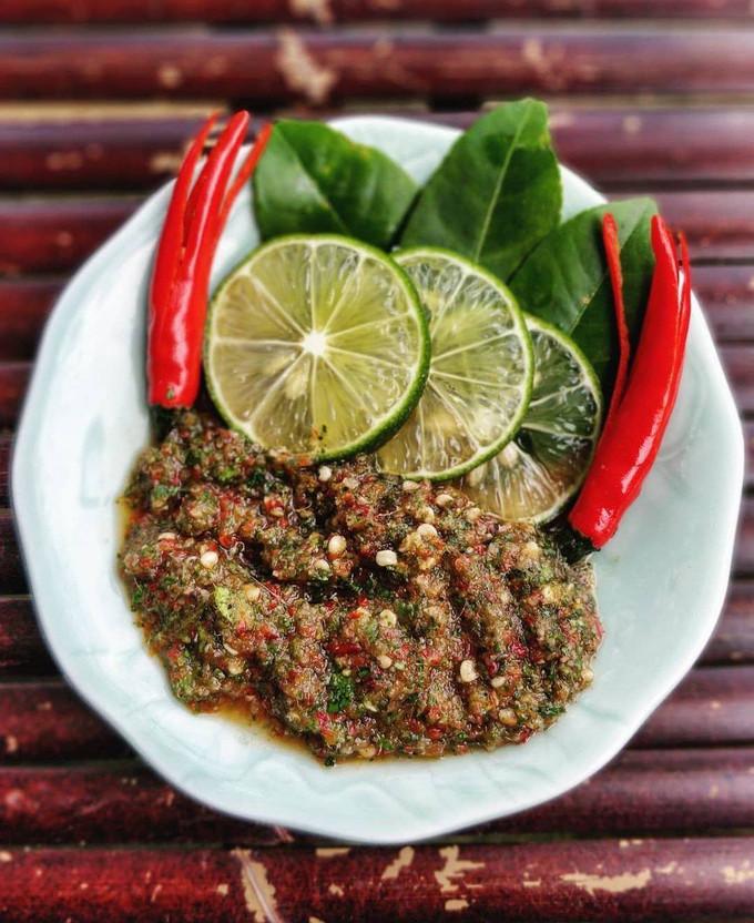 Gà nướng chấm muối cheo Quảng Bình - 2