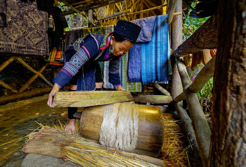 Người Mông Sa Pa vào mùa thu hoạch cây lanh, dệt vải - 4