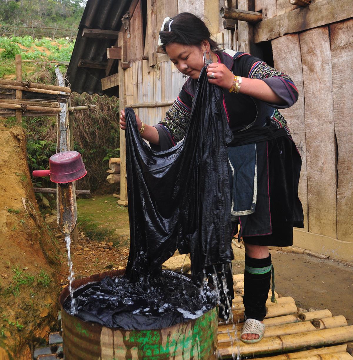 Người Mông Sa Pa vào mùa thu hoạch cây lanh, dệt vải - 7