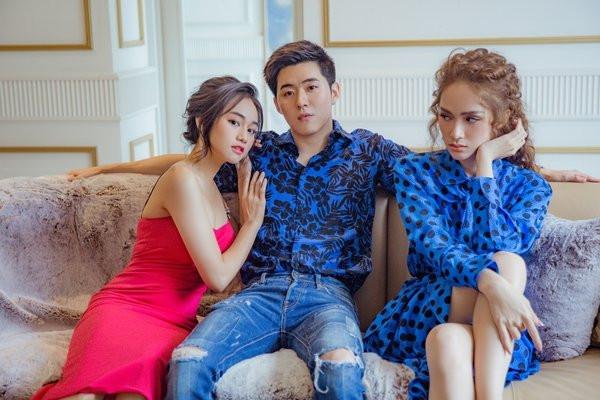 Hương Giang MV Em hơi mệt với bạn thân anh