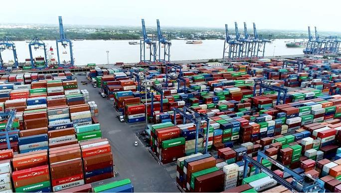 Hoả tốc kiến nghị Thủ tướng gỡ ùn tắc hàng hóa tại cảng Cát Lái - 1