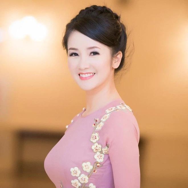 Không nhận ra diva Hồng Nhung trong ảnh photoshop và cam thường-10