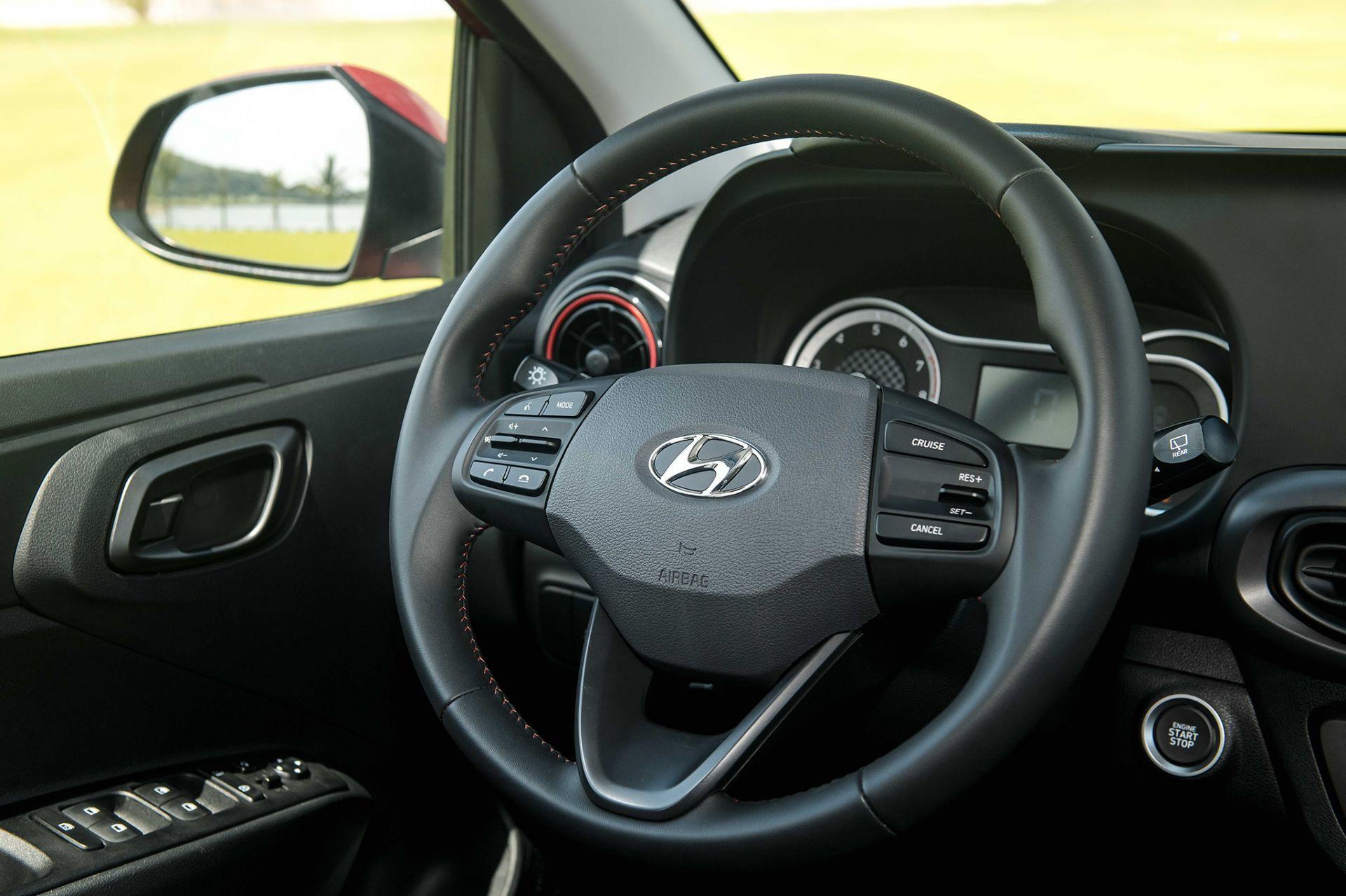 Vô lăng xe Hyundai Grand i10 2021