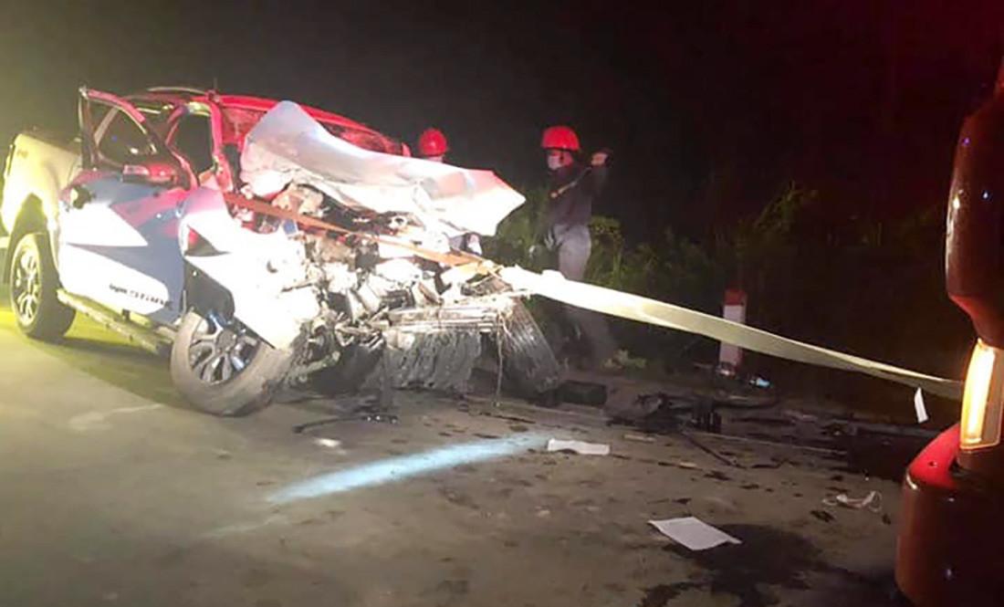 Xe chở y bác sĩ trung tâm y tế gặp nạn, một người chết, 3 người bị thương