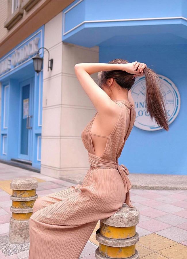 Hot girl Việt gây xôn xao trang mạng Trung Quốc vì gu mặc không phòng hộ táo bạo - 7
