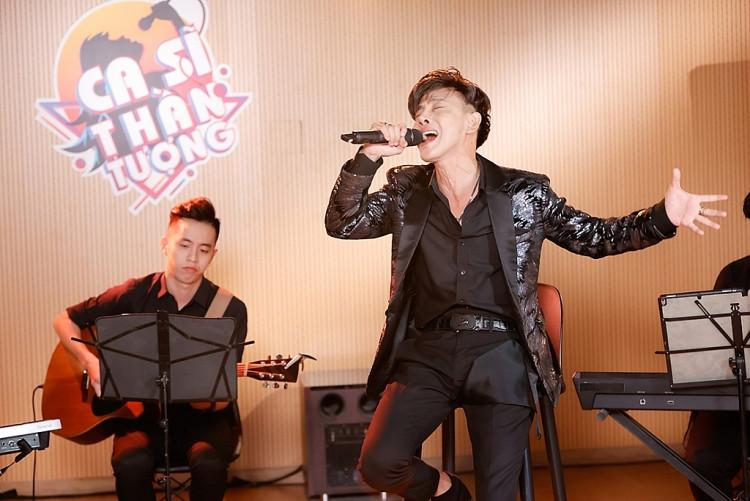 Đạo diễn Hoàng Nhật Nam bật mí 'bản sao Lý Hải' sẽ hát kết hợp võ thuật trong đêm chung kết 'Ca sĩ thần tượng'?