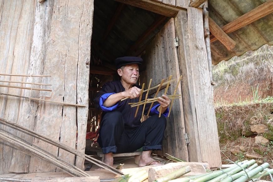 Yên Bái: Độc đáo lễ cúng ruộng của người Mông ở Mù Cang Chải - 2