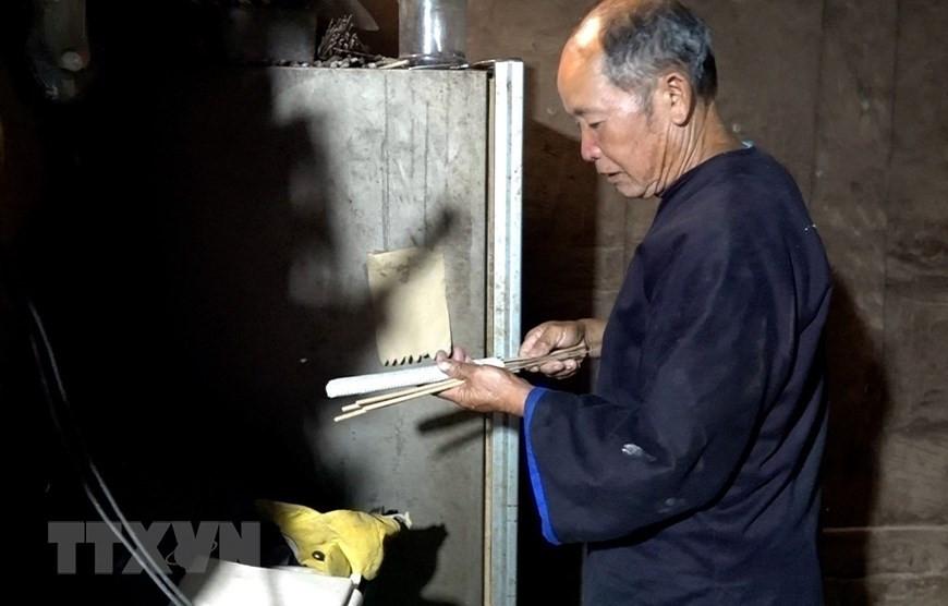 Yên Bái: Độc đáo lễ cúng ruộng của người Mông ở Mù Cang Chải - 3