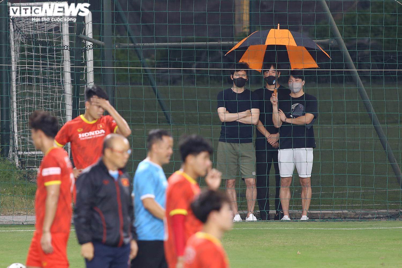 HLV Hà Nội FC lên tuyển Việt Nam làm trợ lý cho HLV Park Hang Seo - 1