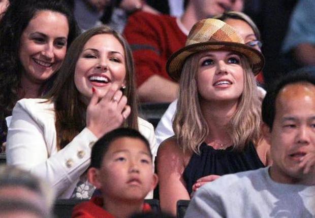 Sốc: Mẹ ruột Britney Spears từng chuốc thuốc mê lừa cho đi cai nghiện-3