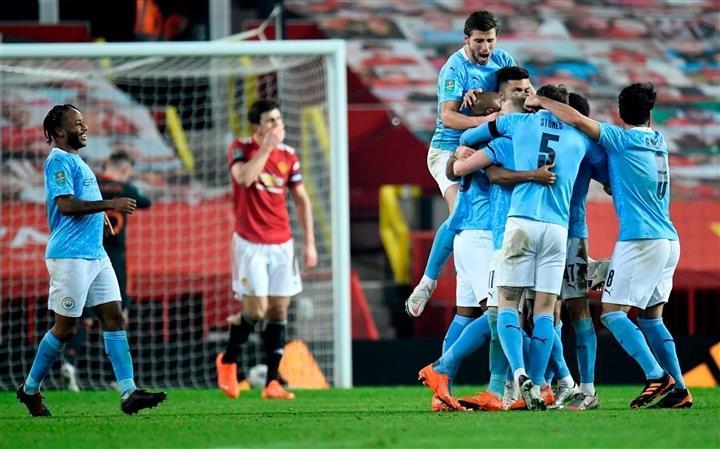 Đua vô địch Ngoại hạng Anh: Chờ Man Utd lật đổ Man City - 4