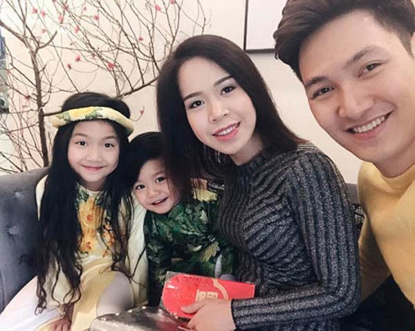 Vợ Mạnh Trường khiến Phương Oanh cũng phải chào thua về độ táo bạo-2