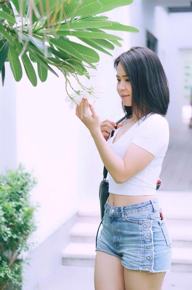 Vợ Mạnh Trường khiến Phương Oanh cũng phải chào thua về độ táo bạo-11