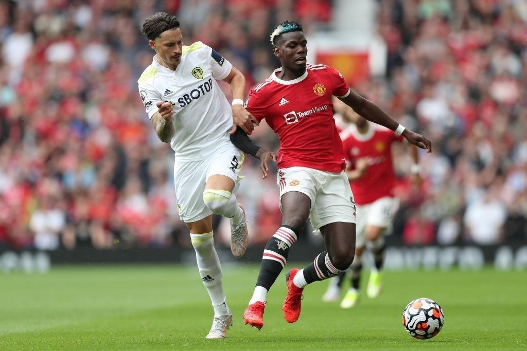 Pogba phô diễn đẳng cấp, đi vào lịch sử Man Utd - 2