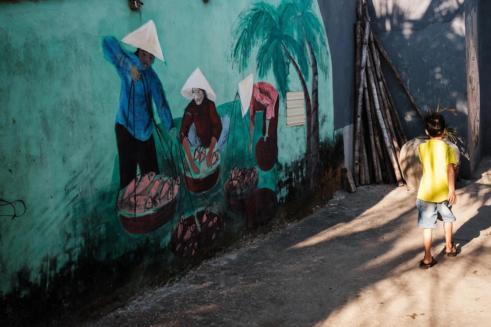 Nét yên bình làng bích họa Tam Thanh qua góc máy nhiếp ảnh gia người Pháp - 10