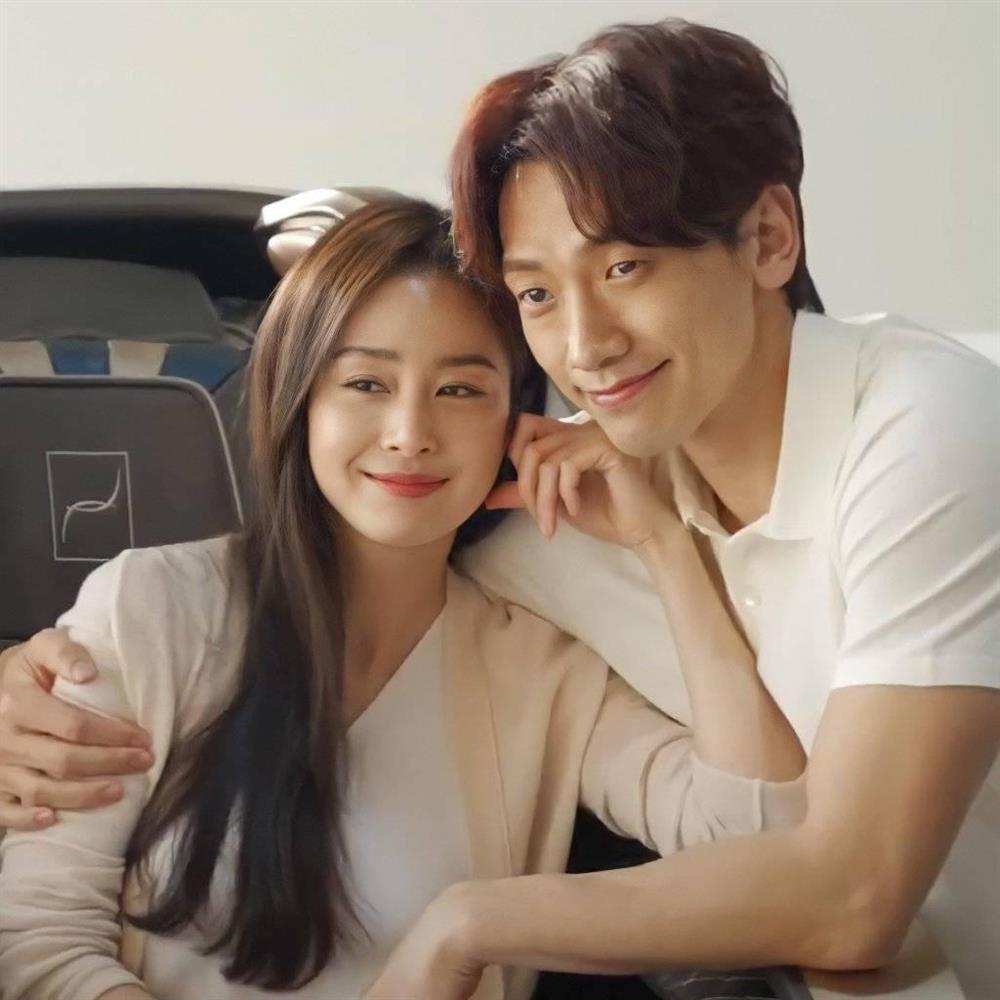 Bí quyết giữ làn da luôn trẻ đẹp tuổi tứ tuần của Kim Tae Hee-4