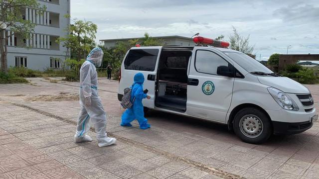 Hai cháu nhỏ ở Quảng Bình dương tính với SARS-CoV-2 - Ảnh 1.