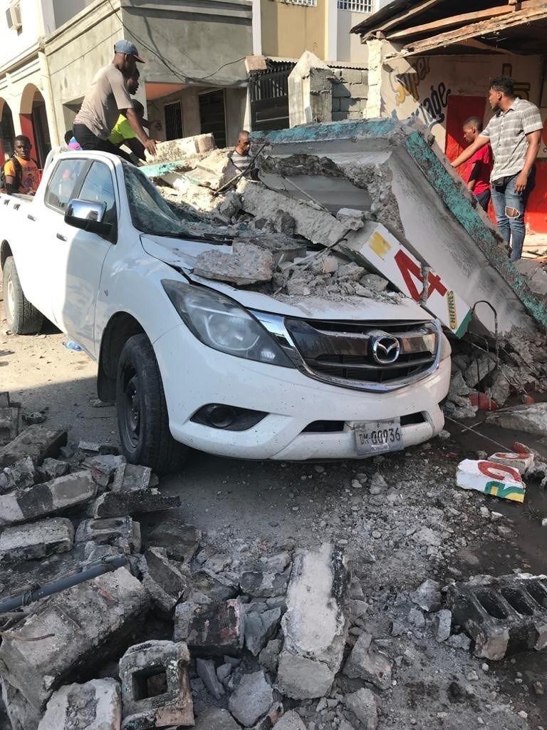 Ít nhất 304 người chết, hơn 1.800 người bị thương sau trận động đất kinh hoàng ở Haiti