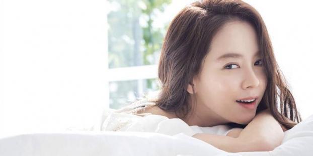 Bí quyết sở hữu vẻ đẹp không tuổi của mợ ngố Song Ji Hyo-3
