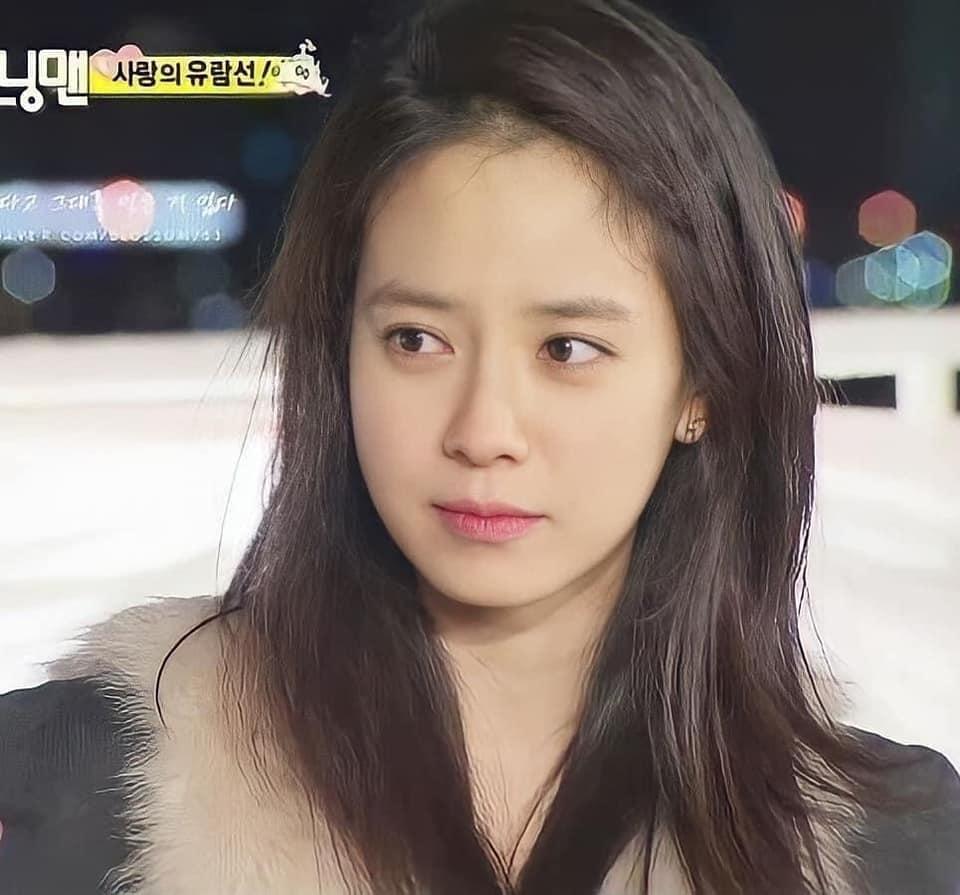 Bí quyết sở hữu vẻ đẹp không tuổi của mợ ngố Song Ji Hyo-5