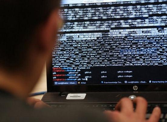 Nga tố tin tặc nước ngoài tấn công mạng vào cơ quan hành pháp liên bang