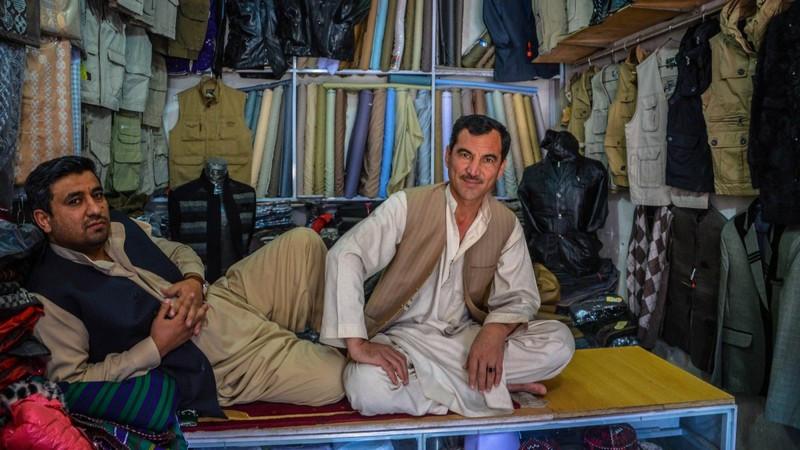 Nhiếp ảnh gia liều mình 'tiến vào Kabul' để thấy một Afghanistan rất khác - 10