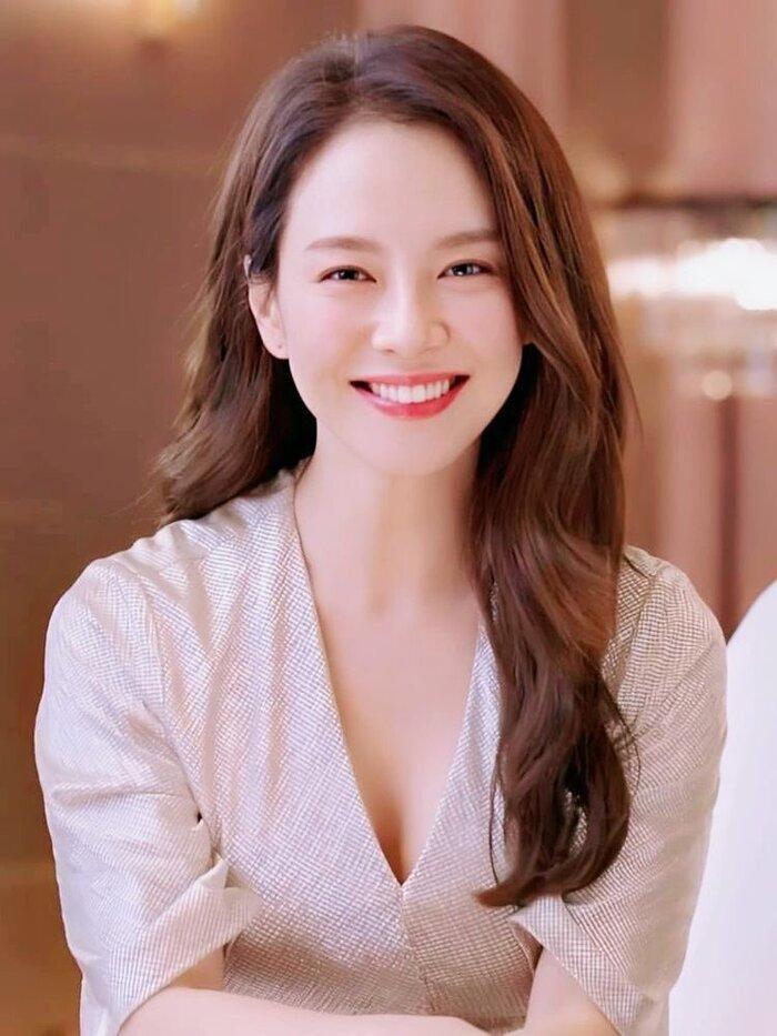 Song Ji Hyo thừa nhận tạo hiệu ứng 'tình cảm' với Kim Jong Kook chỉ là cho vui, fan đẩy thuyền liệu có bị thất vọng