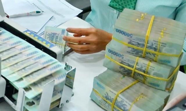 Ngân hàng không giảm lãi suất thực chất sẽ bị hạn chế tín dụng