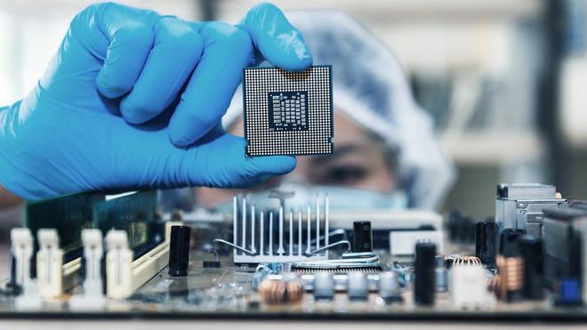 Khủng hoảng vì thiếu chip, nhiều nhà sản xuất trở thành con mồi của những kẻ lừa đảo bán chip giả - Ảnh 1.