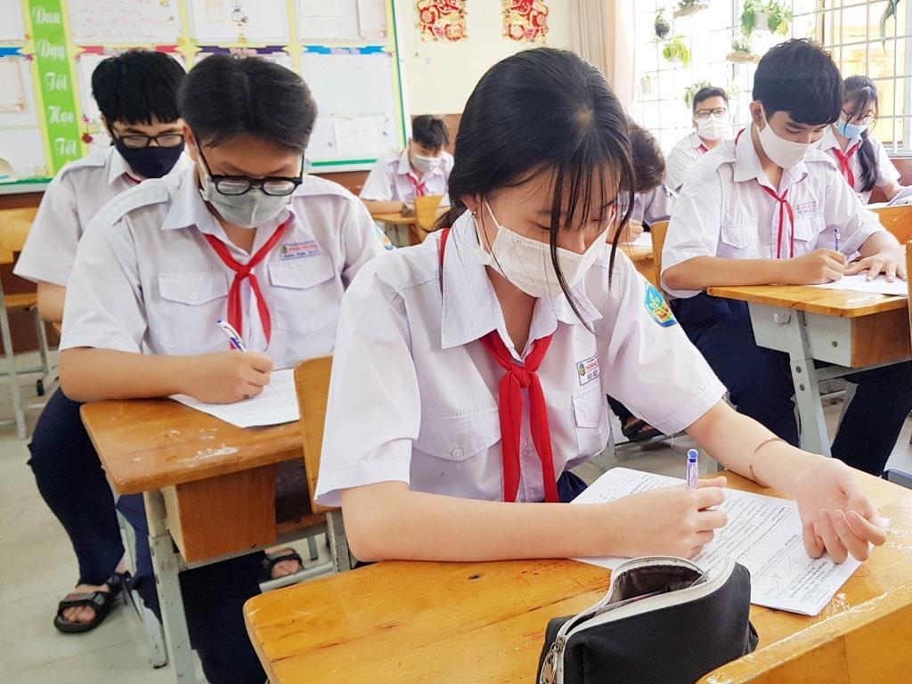 TP.HCM công bố điểm chuẩn vào lớp 10 năm học 2021-2022 - 1