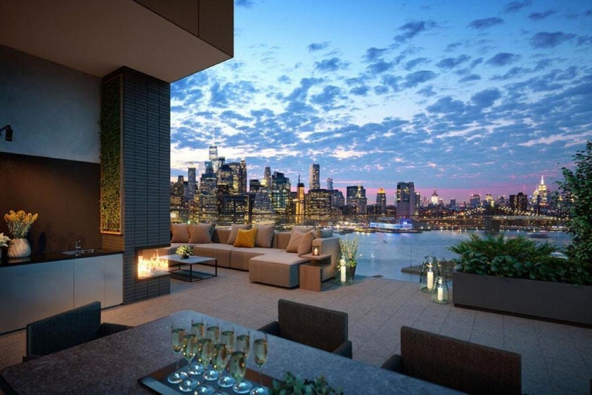 Mới đây, nữ diễn viên Zendaya đãmua căn hộ mới ở Brooklyn, New York trịgiá 4,9 triệu USD.
