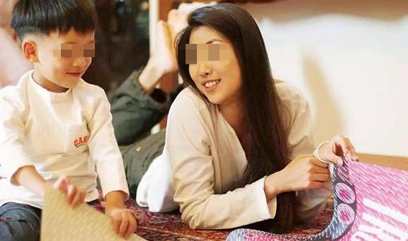 Con trai kể chuyện ăn ruồi với chuột ở trường, mẹ giận sôi máu nhưng sự thật khiến bà phải quay ra xin lỗi cô giáo-3