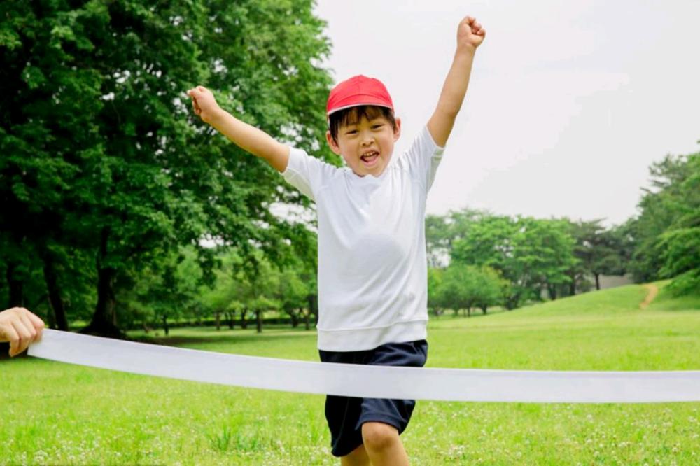 Chân của đứa trẻ có hai đặc điểm, tương lai chúng không chỉ cao mà còn có tỷ lệ cơ thể đẹp hơn-5