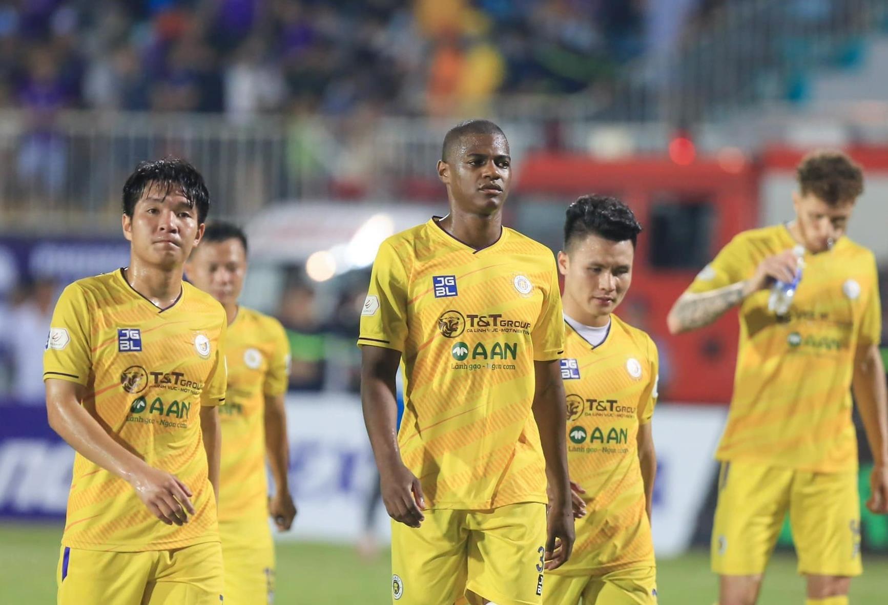 Chủ tịch CLB Quảng Nam đề xuất để Hà Nội FC đá cúp châu Á 2022  - 1
