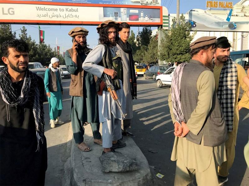 Taliban tuyên tử hình anh trai thông dịch viên đã hỗ trợ cho quân đội Mỹ